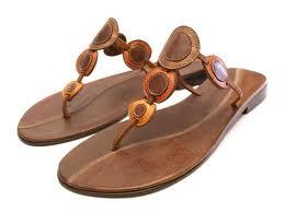 sandal kulit wanita