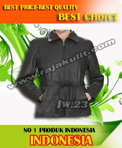 model-model jaket kulit artis