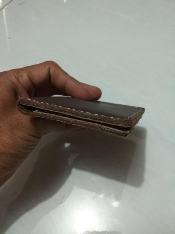 tempat kartu kredit kecil kulit