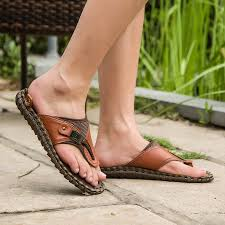 desain sandal kulit pria