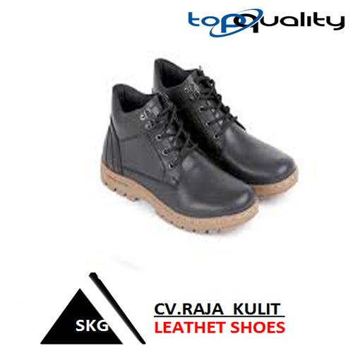 sepatu kulit gaul SKG 156.