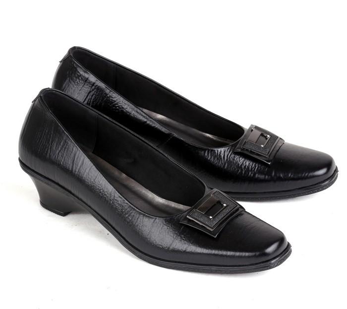 sepatu kulit premium wanita 565