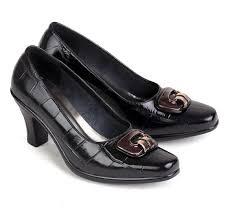 sepatu kulit premium wanita 573