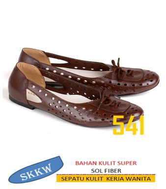 sepatu kulit wanita skkw 541